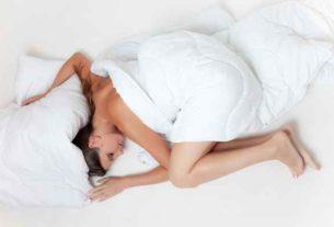 Jakie znaczenie dla zdrowia naszego kręgosłupa ma twardość materaca na którym śpimy?