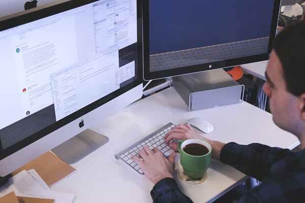 Jakie znaczenie dla rozwoju firmy ma wirtualne biuro?