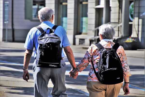 Rozliczenia osób starszych – obowiązki podatkowe emeryta