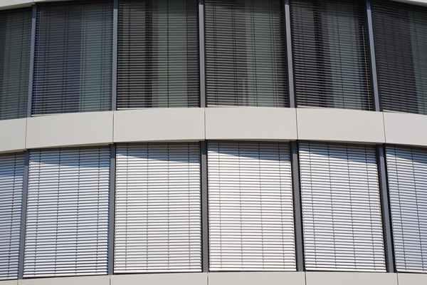 Refleksole - skuteczna ochrona przed letnim słońcem.