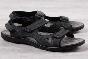 Moda męska: jak nosić sandały latem?