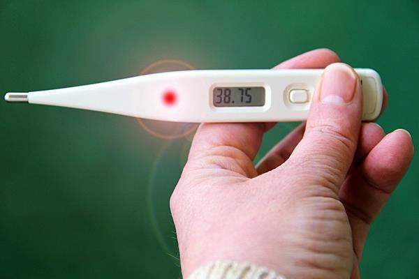 Gorączka - fakty i mity na jej temat