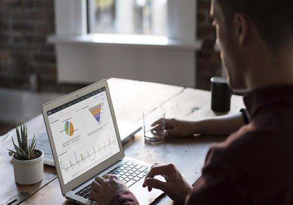 Na co zwrócić uwagę przy wyborze CRM dla firmy?